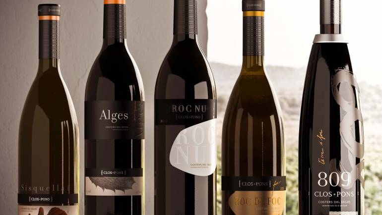 Clos Pons wine samples